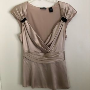 EUC!!! Silk, tan/black vneck blouse, size S.